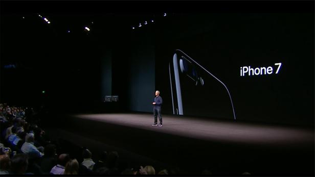 10-year-iphone-03