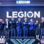 ผู้บริหารเลอโนโวถ่ายภาพร่วมกับพาร์ทเนอร์หลักในงานแถลงข่าวเปิดตัว Lenovo Legion Phone Duel