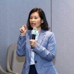 6.ดร.พิมพิมน คงพิชญานนท์ ผู้จัดการโครงการประกวดสุดยอดองค์กรนายจ้างดีเด่น ประจำปี 2564