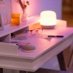 WiZ-smart-home-desk
